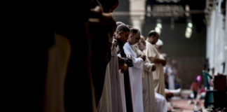 obligation of the five prayers