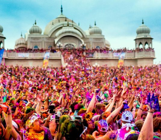 Can Muslims celebrate other religious festivals?
